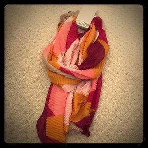 New with tag multi-color scarf